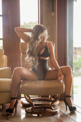 Bella Marquezine